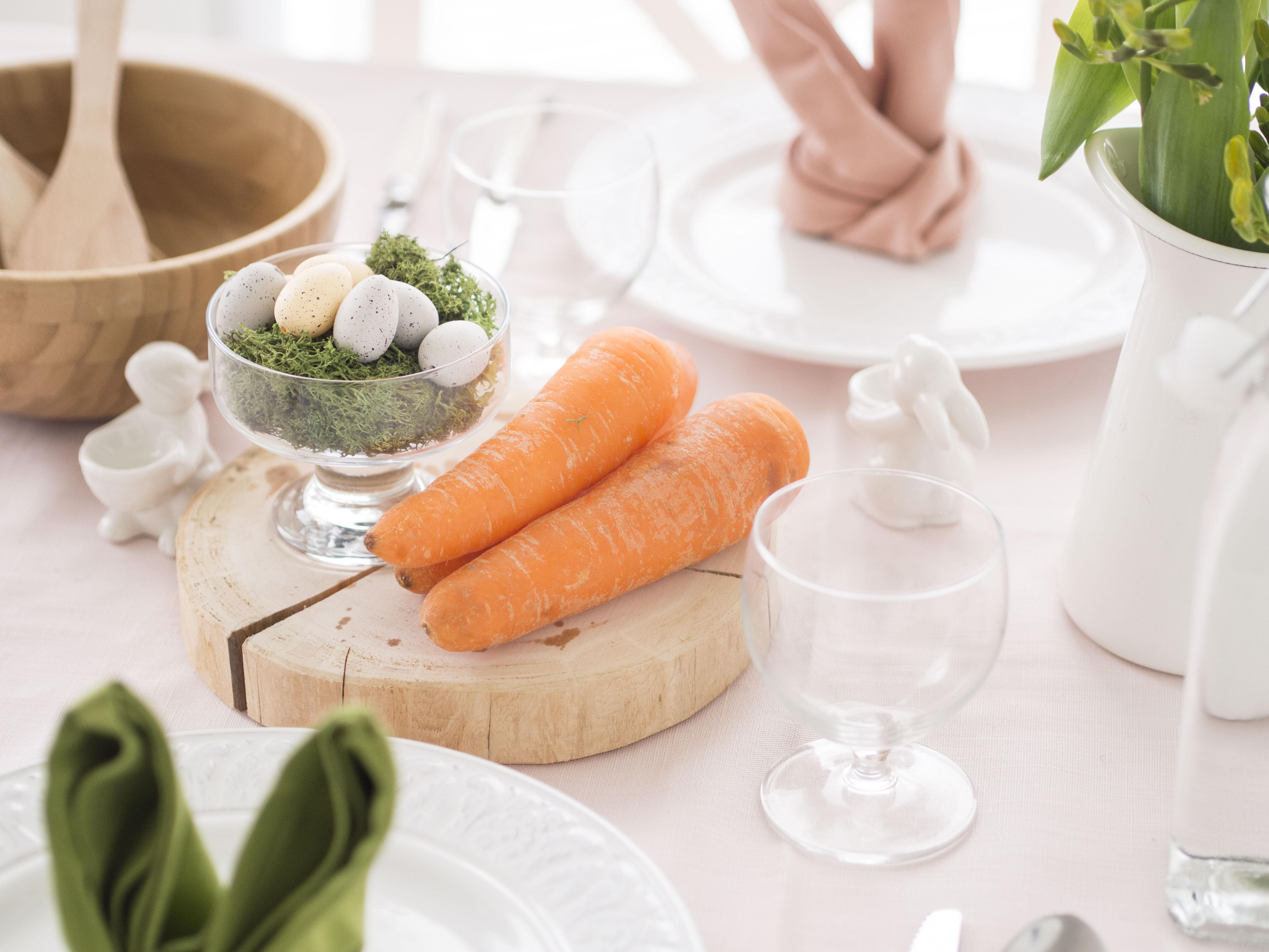 かわいいイースターのテーブルコーディネート